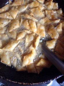 khara shanarpali recipe