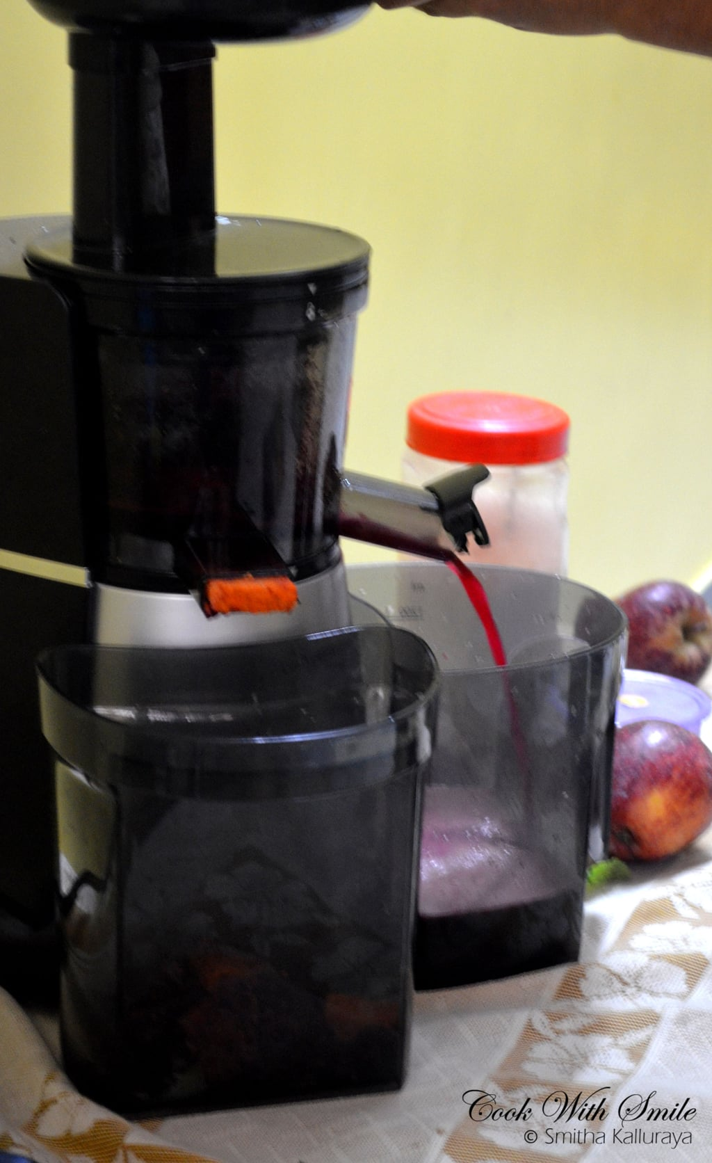 how to make juices in Kent cold pressed juicer