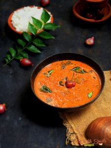 ulli theeyal recipe